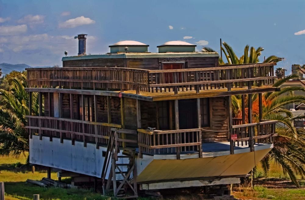 old houseboat 1